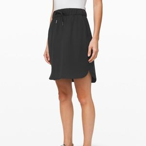 Lululemon black On the Fly woven skirt